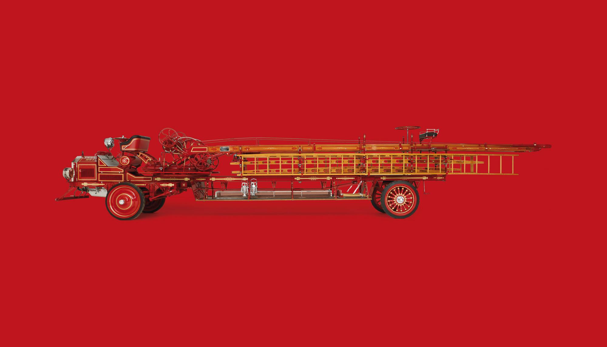 Bekijk American LaFrance Hook And Ladder Aerial Type 31-6 in het Louwman Museum