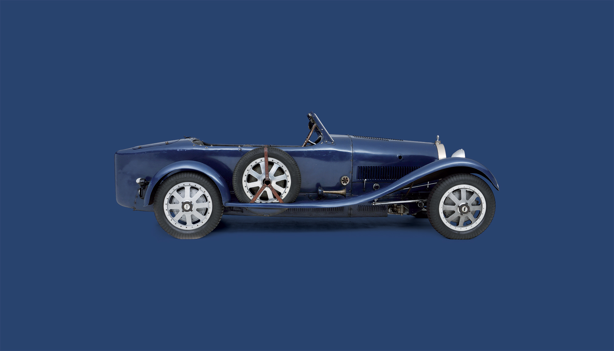 Bekijk Bugatti Type 43 in het Louwman Museum