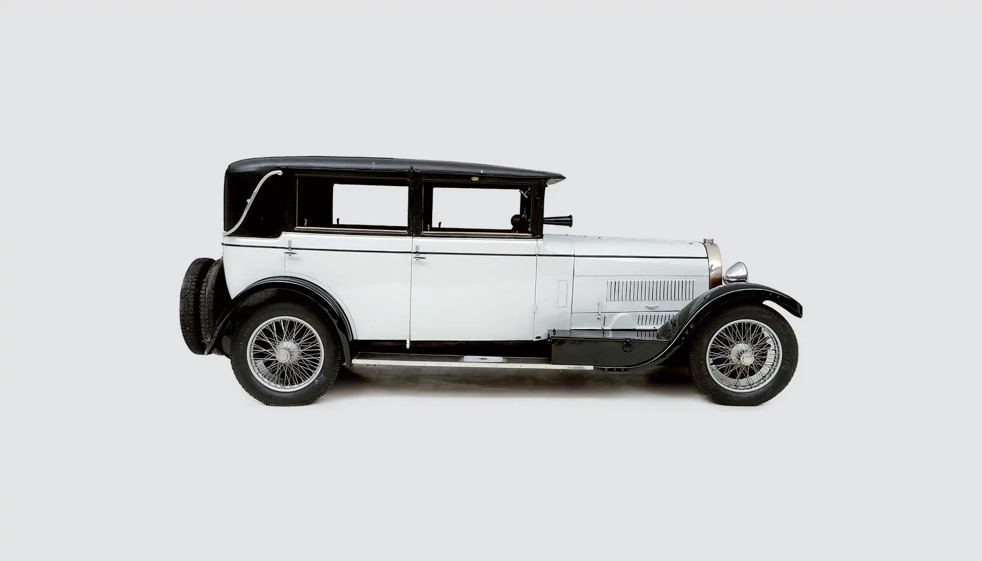 Bekijk Bugatti Type 44 in het Louwman Museum