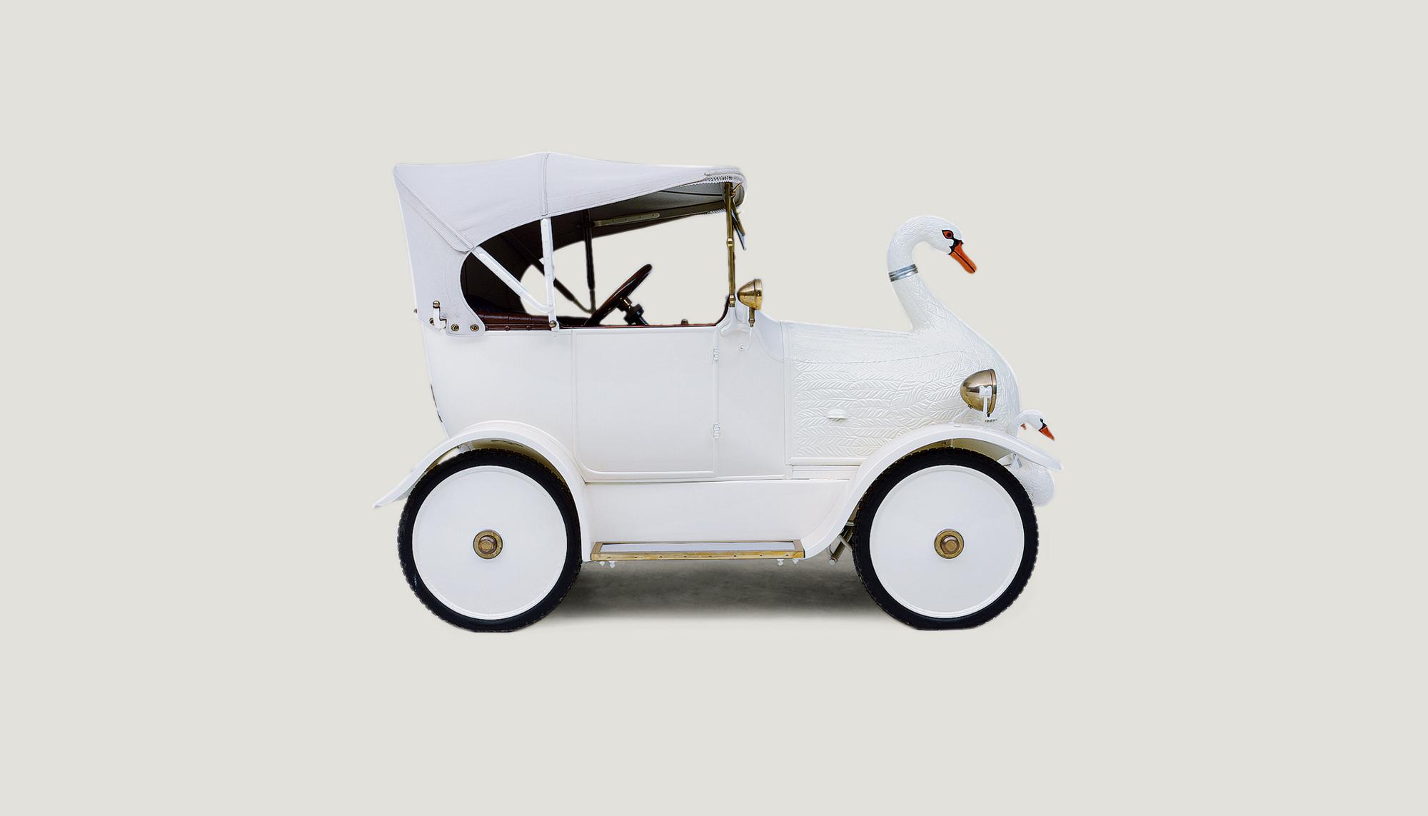 Bekijk Cygnet The Baby Swan Car in het Louwman Museum